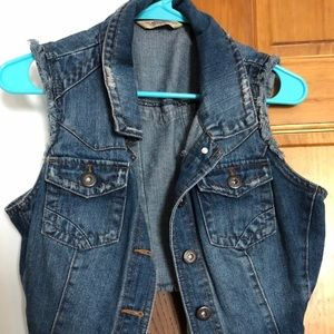 Jean vest cute for fall